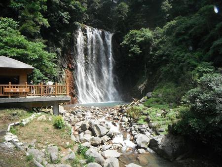 霧島観光案内おすすめスポット「丸尾の滝」